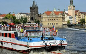 1-Hour Prague Boat Trip + Audioguide